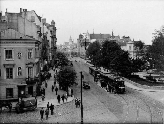 Spacer po Krakowskim Przedmie\u015bciu