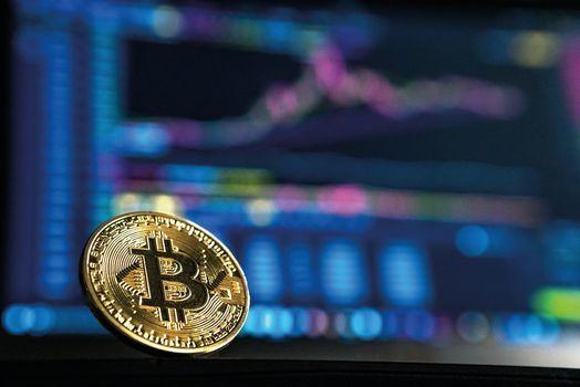Kryptow\u00e4hrungen und Blockchain - Chancen und Risiken f\u00fcr die Wirtschaft