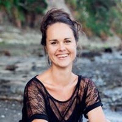 Jessica Dawson: Teacher & Healer
