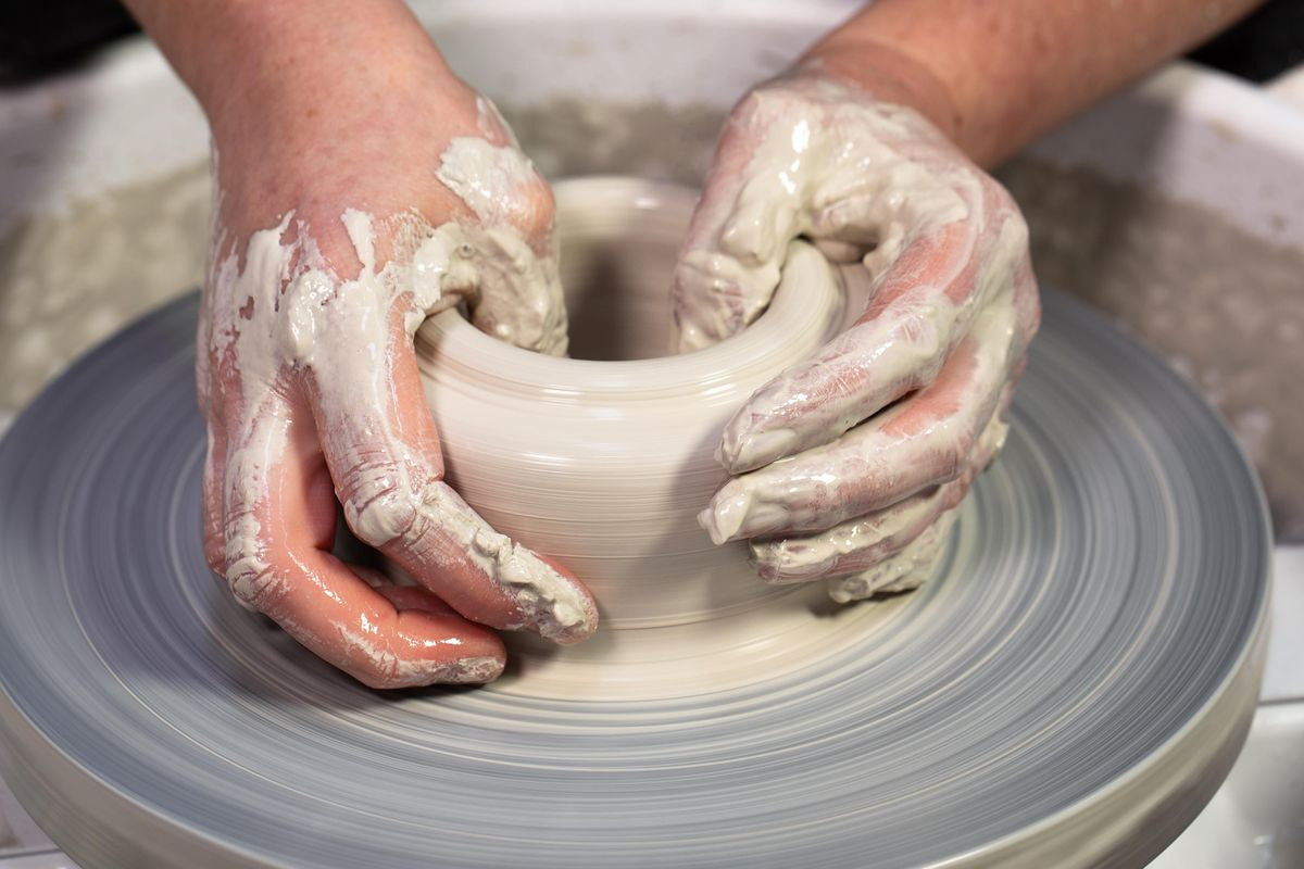 Pottery Hand Building And Wheel Throwing Class Anglesea Art House 9 February To 16 March
