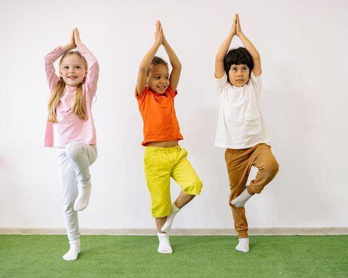 OBS - UTSETTES: Barnas l\u00f8rdag - Helt Superhelt med LittYoga
