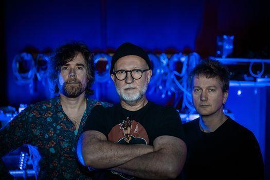 Bob Mould Band \/ Kestrels at Union Transfer - Philadelphia 9\/19