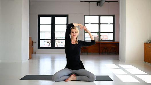 BalanceMe \u2013 en workshop med yoga, ansigtsyoga & meditation
