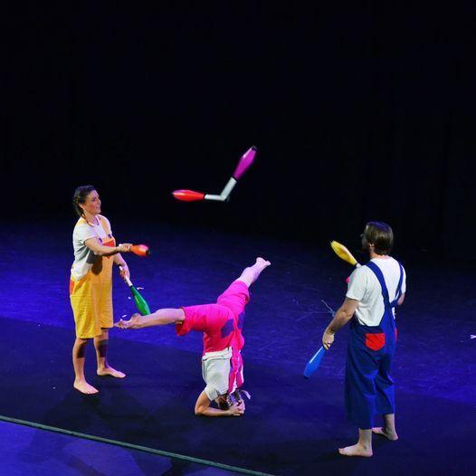 Three's A Crowd - Circus Show