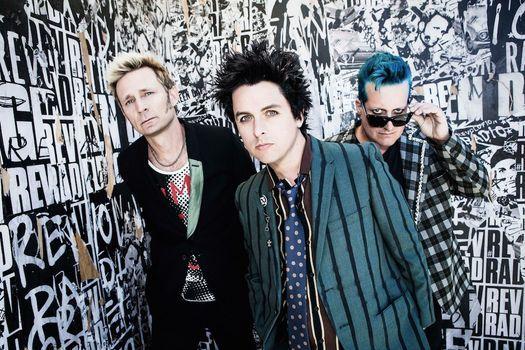 Hella Mega Tour: Green Day, Fall Out Boy, Weezer