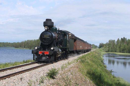 Reissujunalla Savonlinnaan