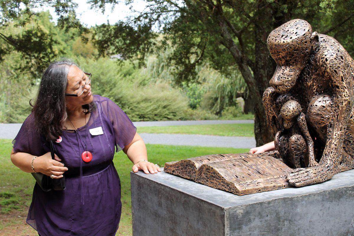 2nd Thursdays: Monthly Make Moments Tour at Auckland Botanic Gardens