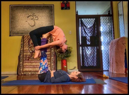 Kids Yoga & AcroYoga (9-12yrs)