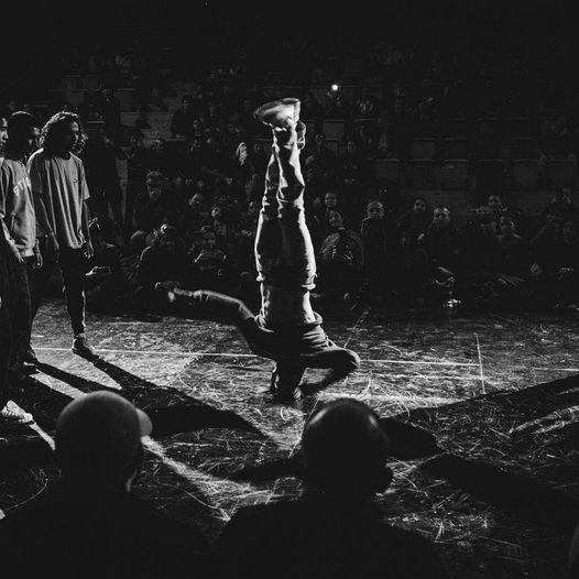 Breakin Free! \u2022 Breakdance Workshop mit SPINO \u2022 8 \u2013 12 Jahre