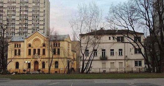 Od synagogi do knajpy u Grubego Joska.