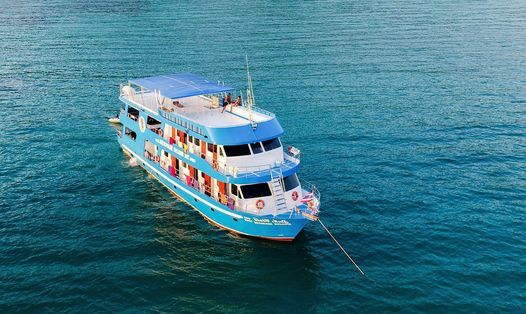 Liveaboard: New Years to Similans, Surin & RichelieuRock