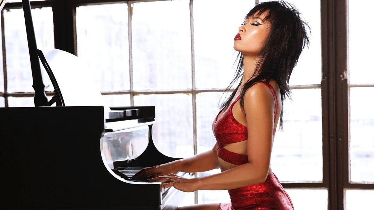 Pianist Connie Han Trio