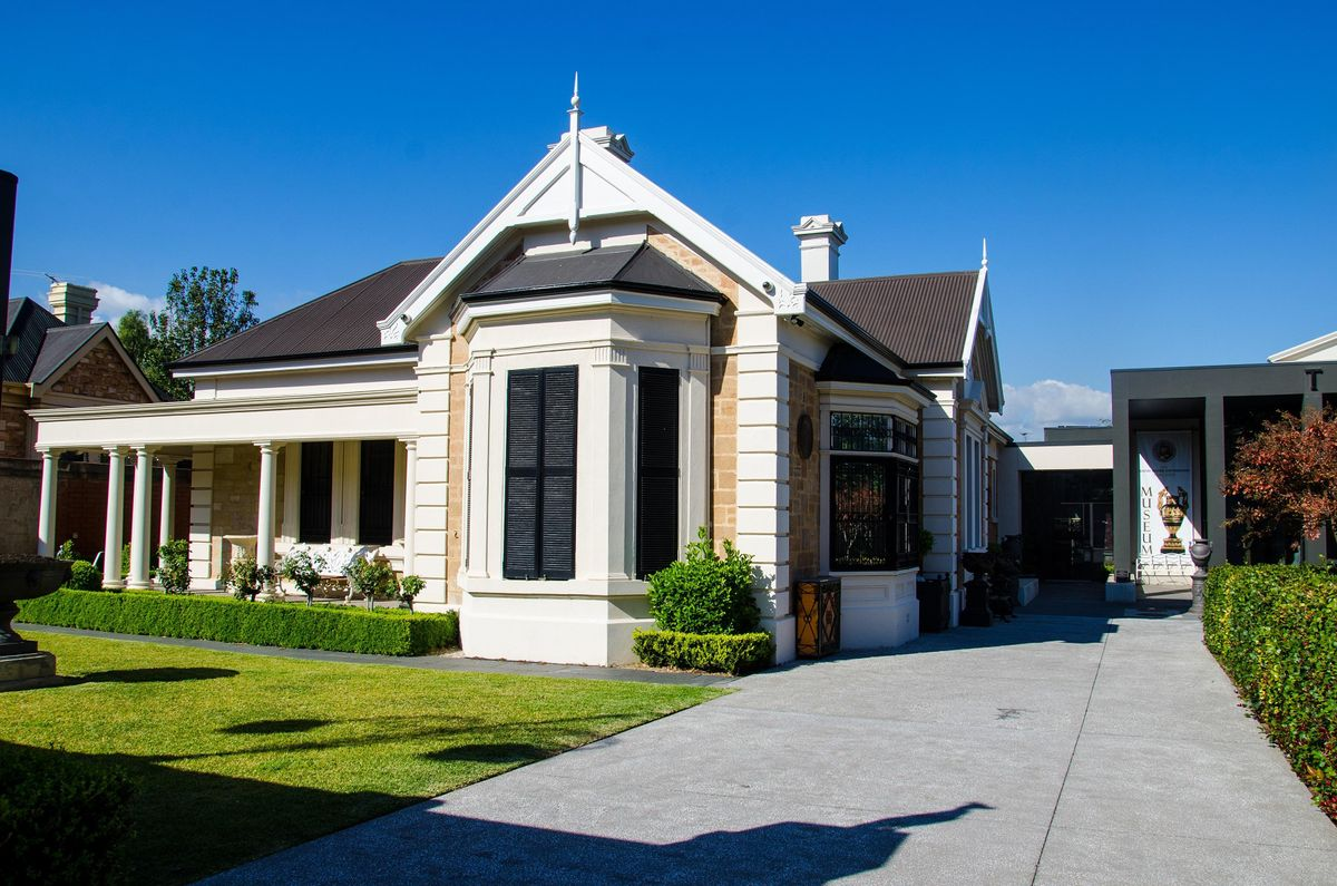The David Roche Foundation House Museum (Guided House Tour only) - 2:00pm
