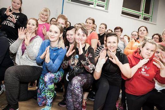 Naisten itsepuolustus-ja uhkatilannekoulutus Helsingiss\u00e4 29.8