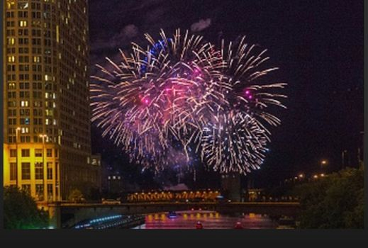 Fireworks and Chicago Skyline Boat Tour