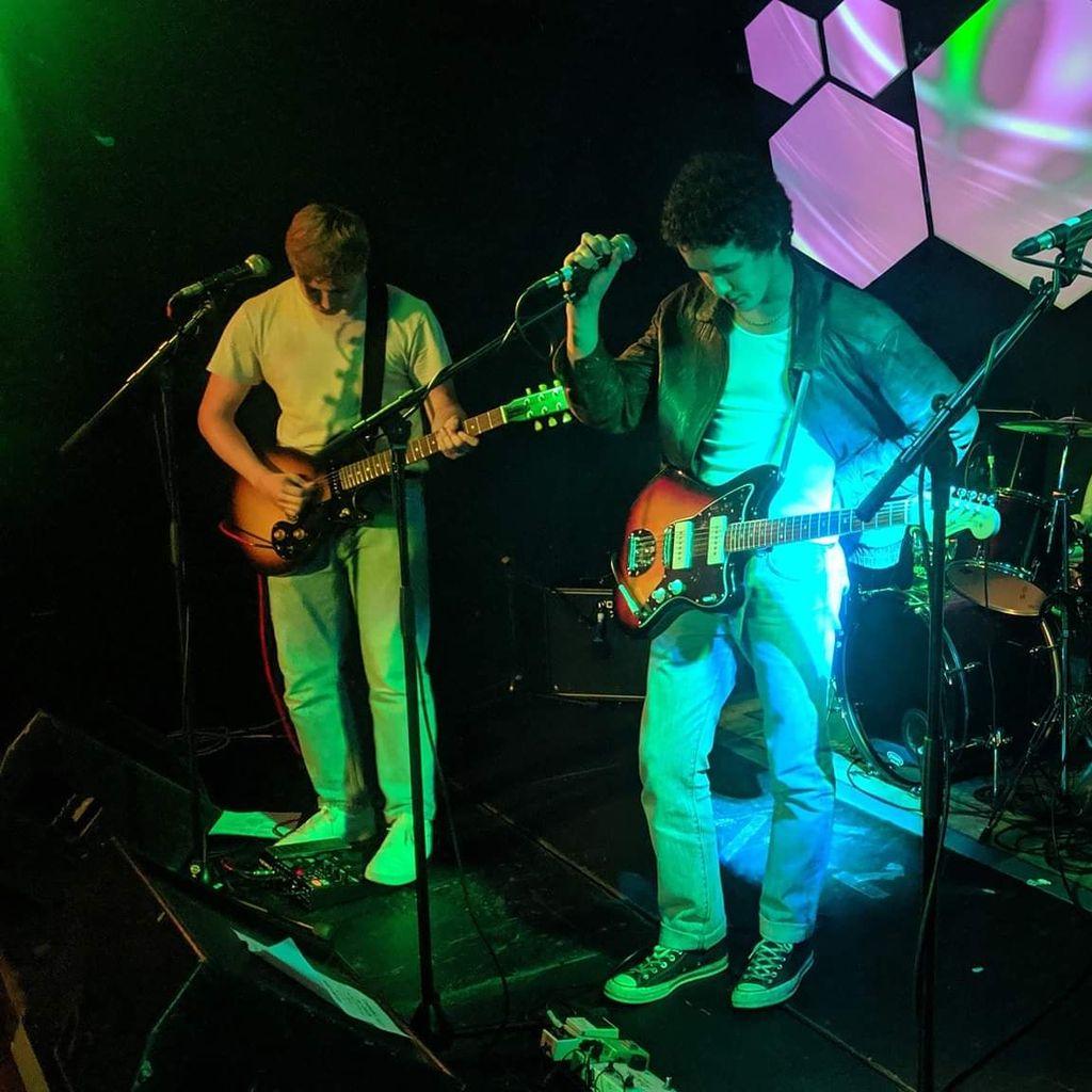 Cucumaras Live