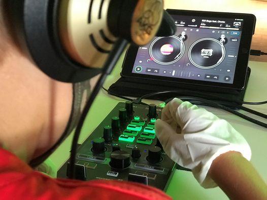 Sommerferienprogramm 2021 | Mix Your Beat! DJ-Workshop