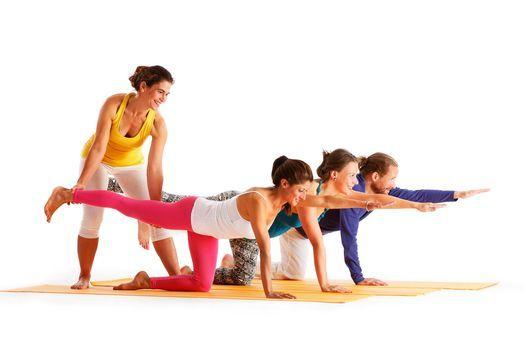 Yoga I Hatha Yoga Fur Anfanger Und Wiedereinsteiger Yoga Vidya Dortmund 5 May 2021