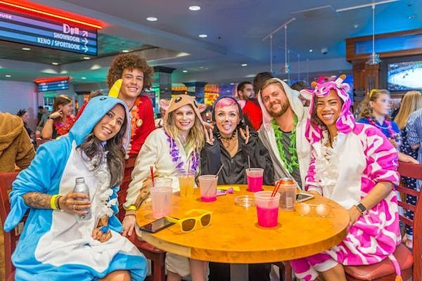 The Great Onesie Bar Crawl: PHILLY 2021