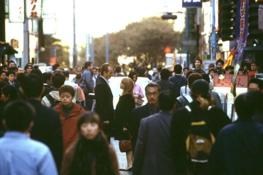 "\u0110i\u1ec7n \u1ea2nh: ""LOST IN TRANSLATION"" (L\u1ea0C L\u1ed0I \u1ede TOKYO), Oscar 2004"