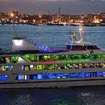 YACHT PARTY MADDNESS